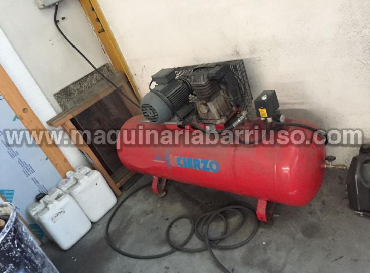 Compresor  CIERZO  de 300 lts y 5 Cv