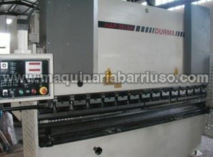 Plegadora Durma Mod. HAP-30160 de 3000 x 160 Tn.