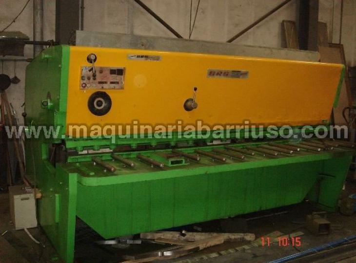 Cizalla BRG hidraulica de 3000 x 10 Tn