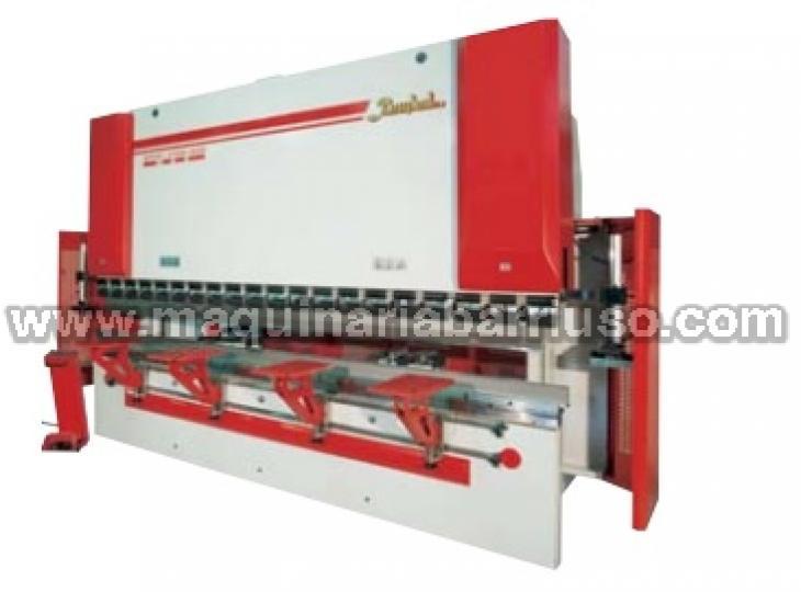 Plegadora BAYKAL APH 3104 de 3100 x 90 Tn.