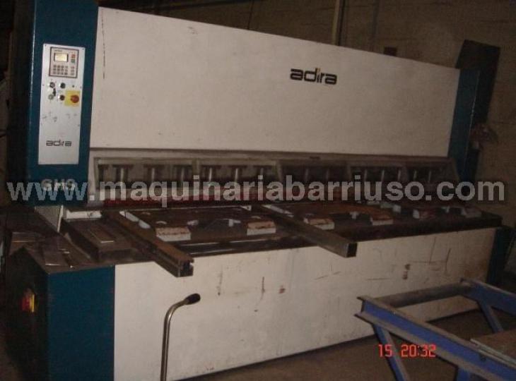 Cizalla ADIRA hidraulica de 3000 x 13 mm.