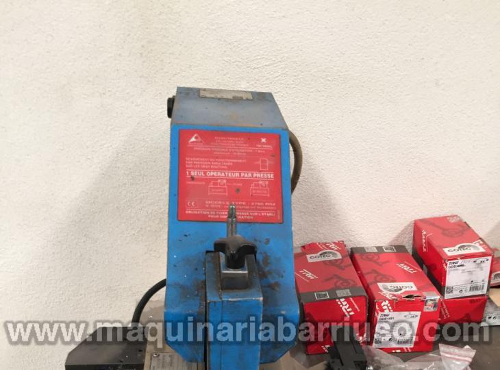 Prensa para aluminio TECHNAL