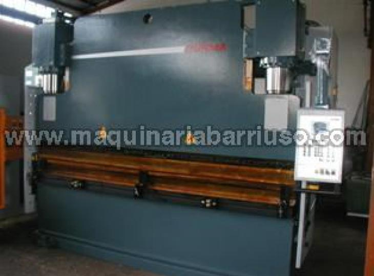 Hydraulic press brake  DURMA Mod. 40400 de 4 MT x 400 Tn.