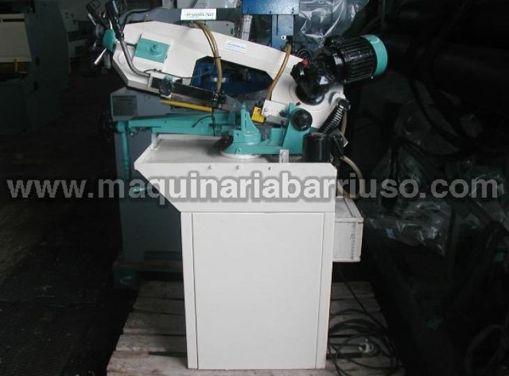Sierra de cinta semiatomatica MG modelo CY210.