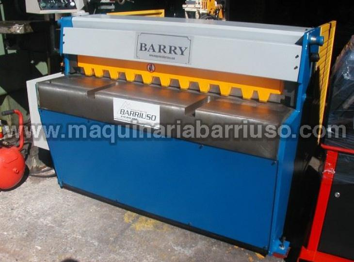 Cizalla hidraulica BARRY MS-1303 de 1300 x 3 mm.
