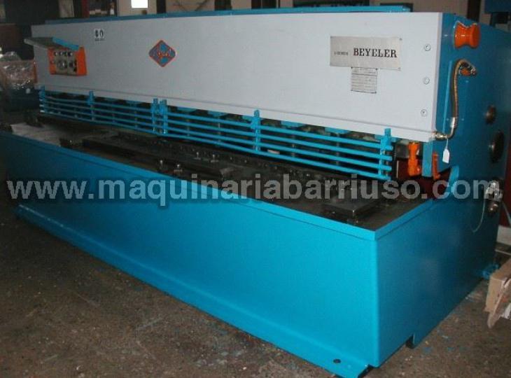 Cizalla AJIAL hidraulica 630 de 3000 x 6 mm.