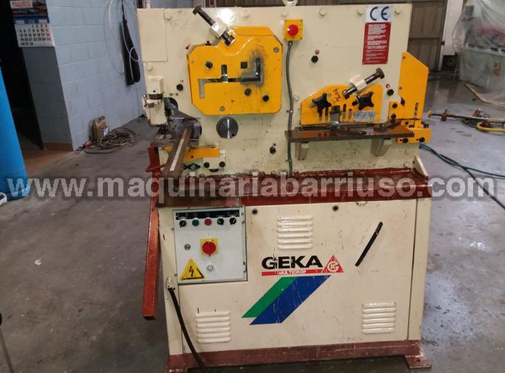 Punching machine GEKA Multicrop