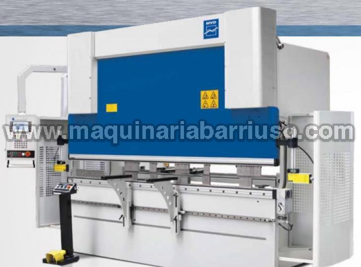 Plegadora MVD  Mod. iBEND A-220-3100 de 3100 x 220 Tn y tres ejes